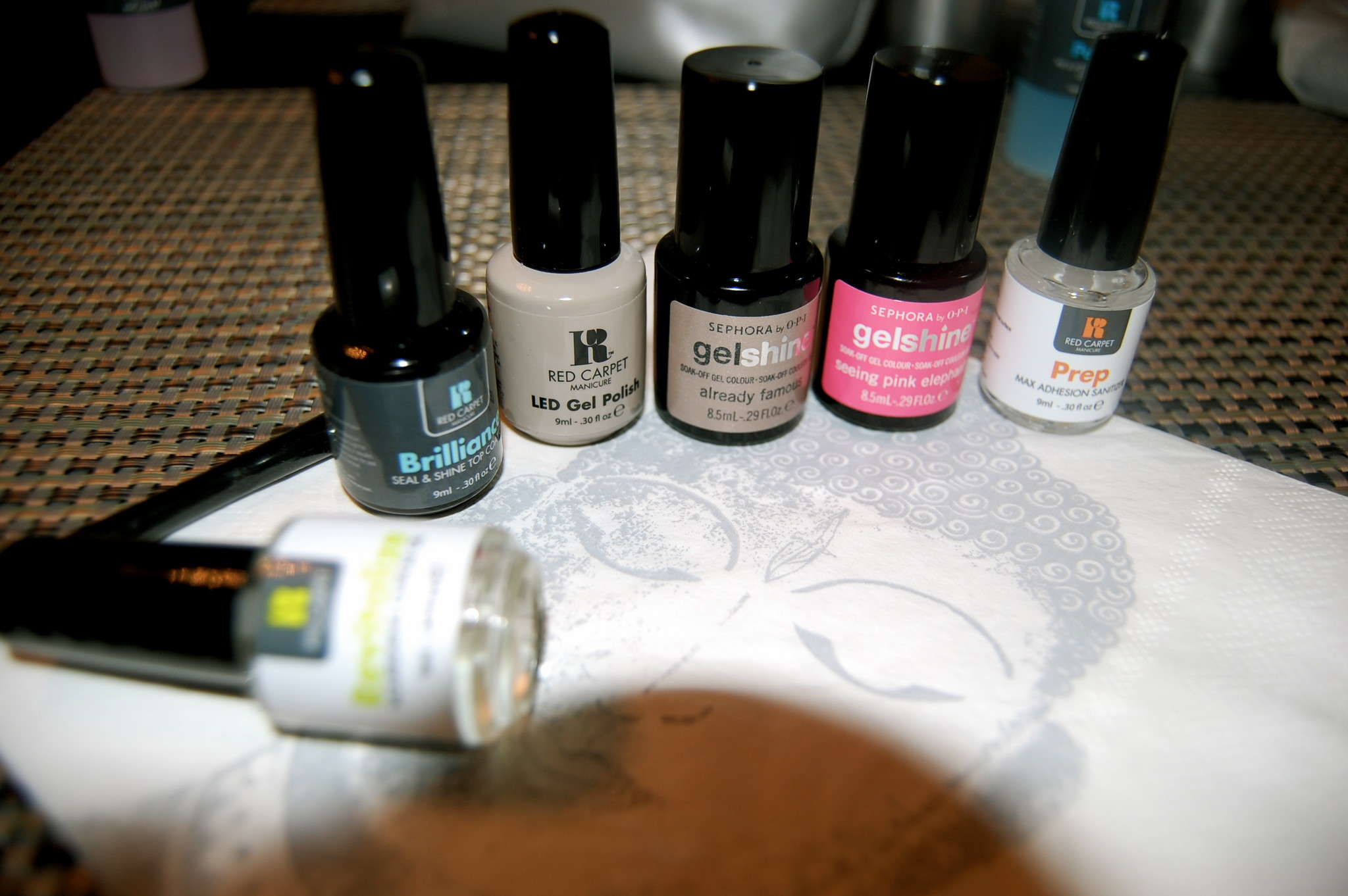 Lilia Gjerstad » Nail Bar at home?