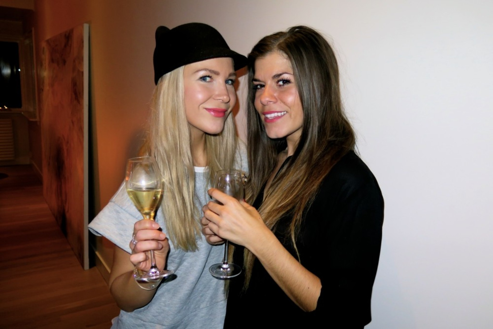 Cheers with StyleConnection babe Kristin <3
