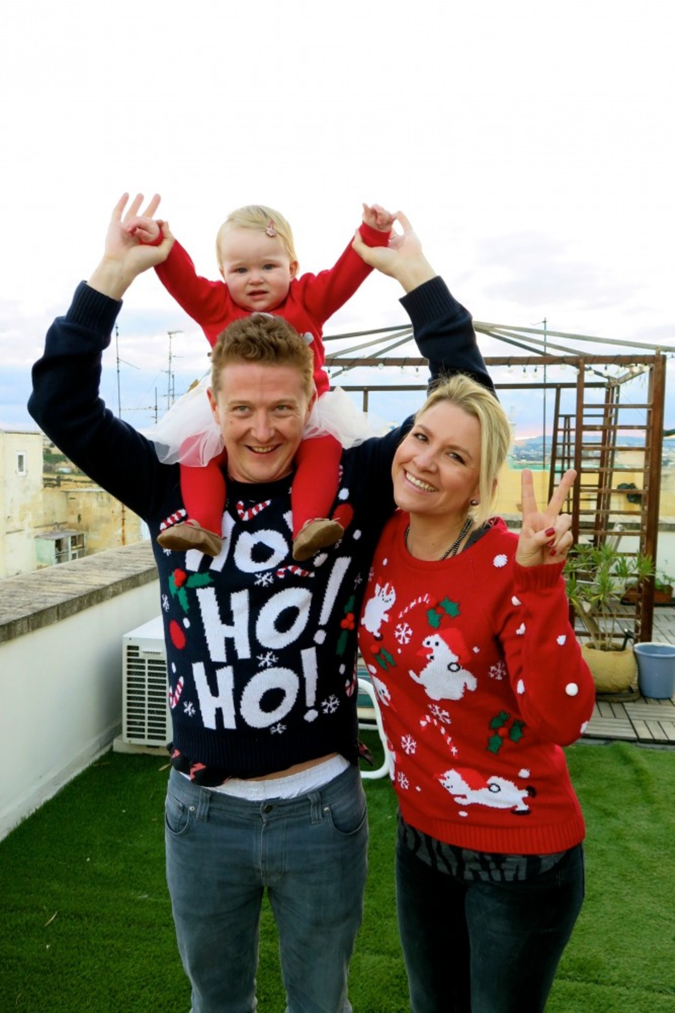 Ho Ho Ho!!!! Chloe Louise with her uncle Nathan & auntie Vicky!